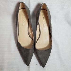 Zara Basic Kitten Heel Gray Suede Shoes Size 37, 7